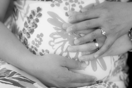 V-Maternity-bw-18